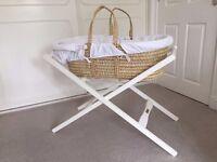 Mamas & Papas – Moses Basket & Stand & Mattress