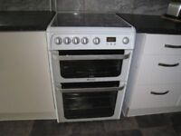 A Hotpoint ultima make gass oven in excellant condition double oven grill
