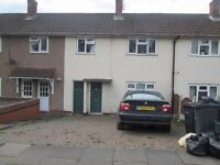 THREE BEDROOMS HOUSE TO RENT * DSS ACCEPTED * KINGS HEATH * HOLLYBANK ROAD * OFF STREET PARKING