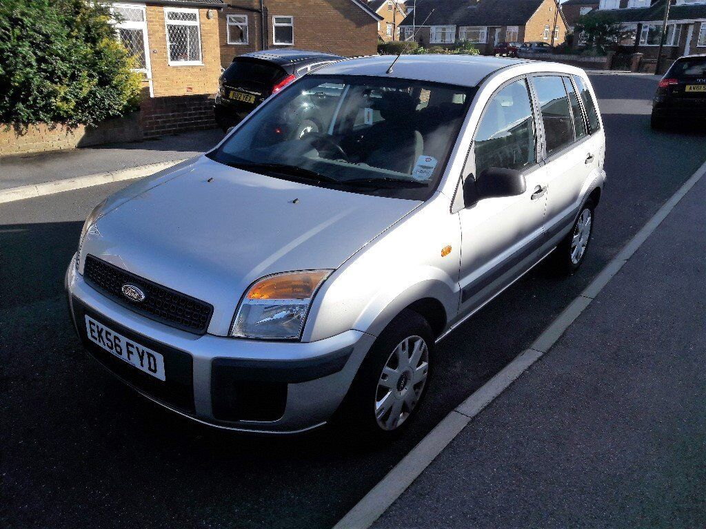 FORD FUSION 1.4 PETROL WITH 12 MONTHS MOT AND VERRY LOW MILAGE 32425 MILES..