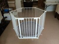 Playpen and room divider - white - by BabyDan