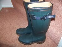 LADIES SIZE 8 AIGLE WELLIES. UNUSED AND EXCELLENT CONDITION