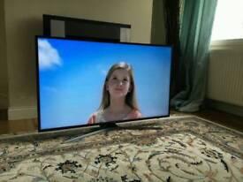 50in SAMSUNG 4K HDR UHD SMART TV WI-FI VOICE CTRL TV Plus