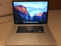 Macbook 17 inch apple mac pro laptop Full HD 1920x1200 screen Intel 2.66ghz processor