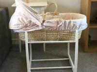 Mamas and Papas Millie and Boris Moses Basket with stand
