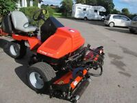 JACOBSON RIDE ON CYLINDER TRIPLE MOWER