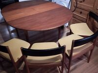 Vintage Mcintosh table & chairs