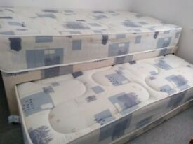 3 IN 1 DIVAN SINGLE BED 3FT SINGLE, WITH UNDER BED TRUNDLE 2 x MATTRESSES EXCELLENT CONDITION