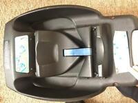 Maxi cosi easyfix base and car seat
