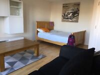 Spacious Double Room to rent near city centre