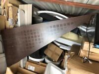 1700mm bath step a scratch as seen in pic £15 bargain
