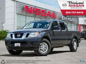 2015 Nissan Frontier SV Crew CAB! Clean! 4WD!