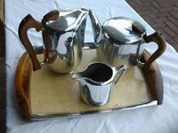 Le Picquot teapot, water jug, milk jug and tray