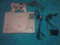 SONY Playstation 1 + Official Dualshock controller + Memory card SCPH-7502