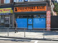 TO LET - WEST GREEN ROAD N15