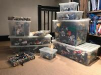LEGO!! HUGE BULK COLLECTABLE LEGO!!