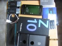 Blackberry Z10- black -16GB [Unlocked ]Nearly new condition boxed wit leather cases[Massive bundle