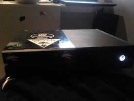 XBOX ONE with 3games a scuf controller and turtle beach xo one headset