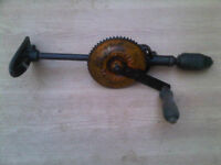 OLD /VINTAGE STANLEY HAND DRILL -- GOOD WORKING ORDER -- WELL MADE -- WILLING TO POST IF NEEDED-