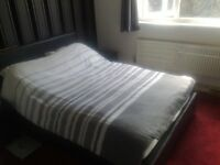 Double room to rent £130 pw all bills included (Live in landlord)
