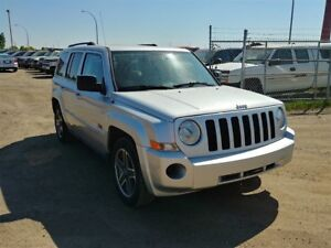2009 Jeep Patriot 2.4L 4WD!! Sunroof Bluetooth Remote Starter!
