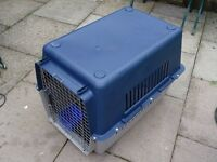 extra large pet carrier - dog carrier - with removable flooring - aircraft hold standard