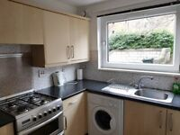 Double room for Academic year 2018/19. 6mins walk to George Square
