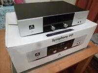 Apogee Symphony I/O Mk1 (24 input / 8 output) Includes DB25 cable looms