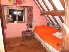 Cosy attic single room in characterful barn conversion in quiet village