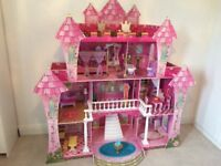 Dolls House suitable for Barbie, Sindy, Monster High Dolls excellent condition