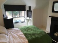 Spacious Double Bedroom - £600p/m (NO FEES)