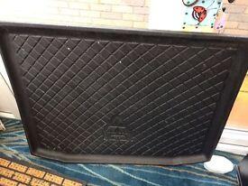 Mitsubishi rubber boot mat