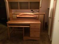 Bureau d'ordinateur en érable/Maple computer desk