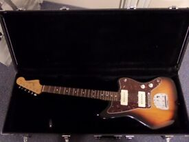 Fender Classic Player Jazzmaster (Hard Case Included)