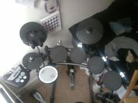 Roland TD6V Electronic Drum Kit with Extra Pad - EXCELLENT CONDITION