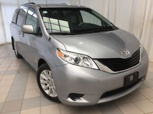 2014 Toyota Sienna LE: 7 Passenger with Low KMS