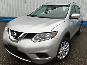 2014 Nissan Rogue S *ONLY 23,000 KM*