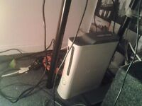 xbox 360 60gb hdd with 8 games, 1 controller and a mic. read desc for details. swap for ps3