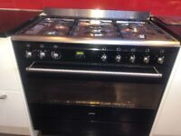 Smeg Range Cooker and extractor