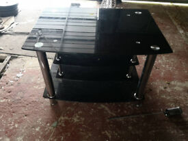 BLACK GLASS LARGE 3 TIER TV STAND