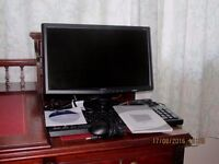 """ACER 18.5"""" LCD Monitor, Keyboard and Mouse, power cable & VGA Cable, CD & Inst. Book"""