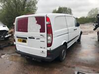 Breaking for parts mercedes Vito 2009 white