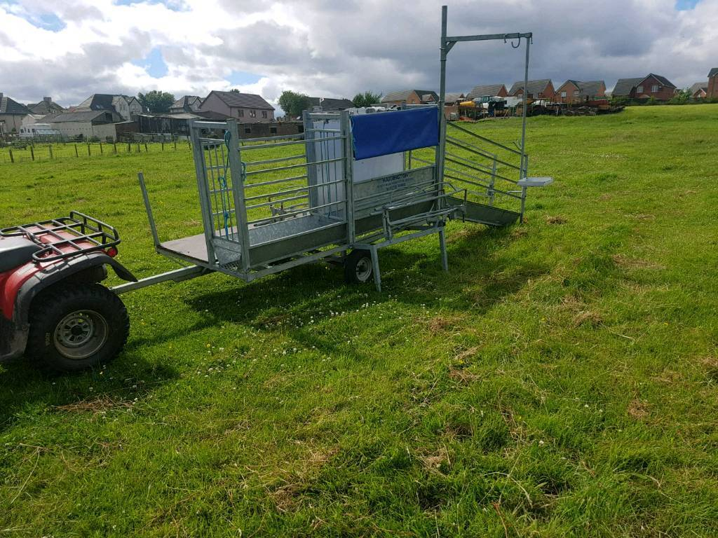 Harrington sheep handling system trailer with turnover crate