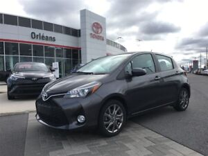 2015 Toyota Yaris SE/ 5 DOOR  HATCHBACK