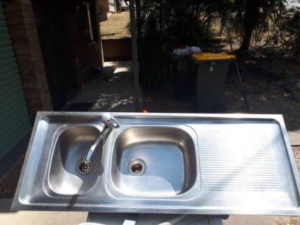 Kitchen sink second hand , right hand bowl good condition | Building ...