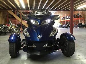 2010 Can-Am Spyder RT-S London Ontario image 2