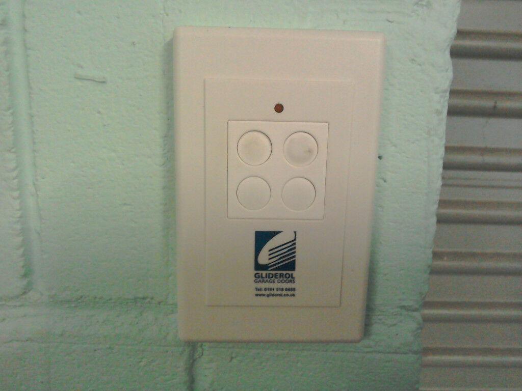 Gliderol Rw 1 Electric Garage Door Opener For Left Hand Wiring Instructions Roller