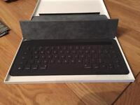 Apple keyboard for I Pad Pro