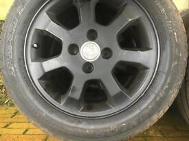 Vauxhall alloys and tyres 195/55/15
