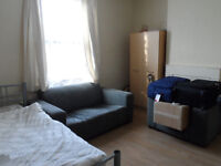 A LARGE ROOM to let at northumberland road , near the city centre and the solent university